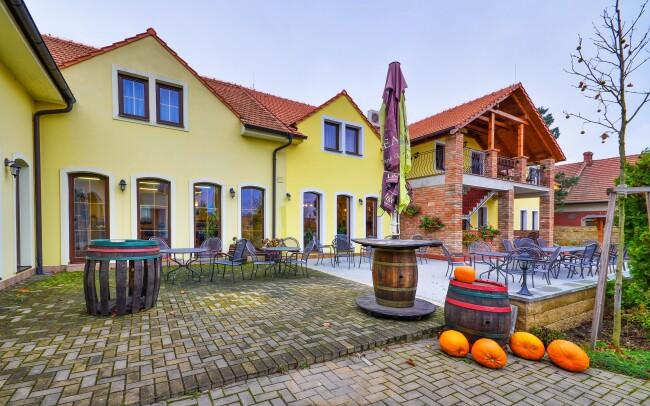50% Jižní Morava: Valtice v Penzionu Siesta s…