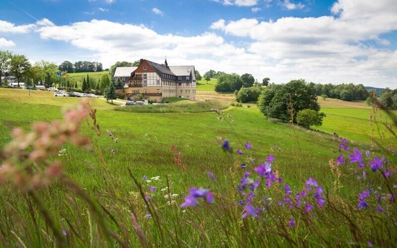 Panorama Berghotel *** leží v krásnej krajine