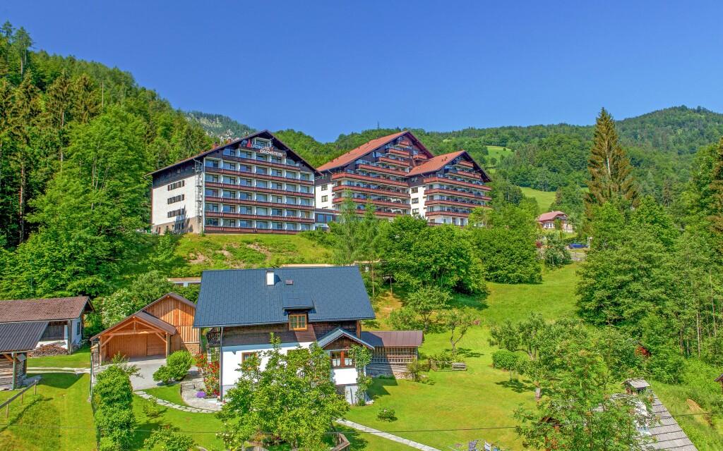 Kapcsolódjon ki az Alpenhotel Dachstein *** szállodában