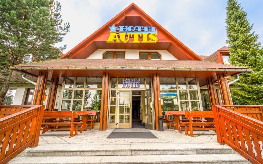 Hotel Autis *** stojí v Dolnom Smokovci