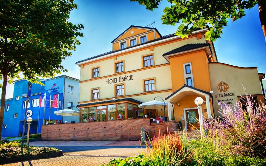 Hotel Abácie & Wellness ****, Valašské Meziříčí, Beskydy
