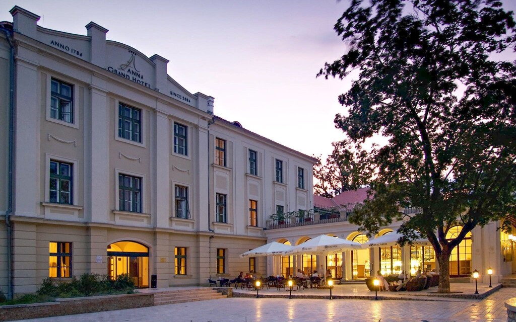 Hotel Anna Grand **** na severním břehu Balatonu v Maďarsku