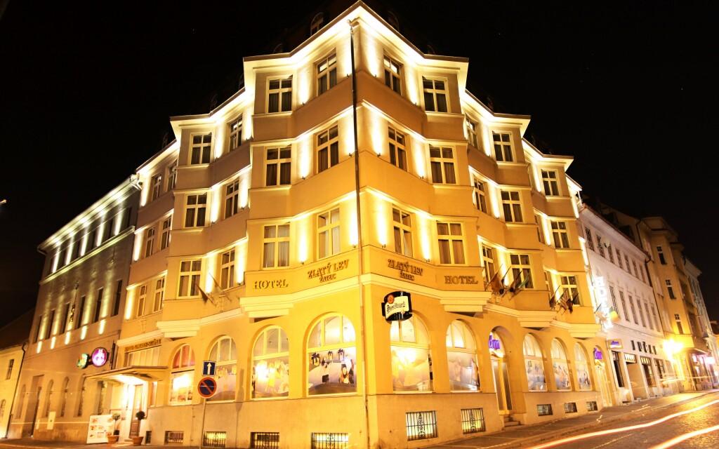 Hotel Zlatý Lev **** nepřehlédnete