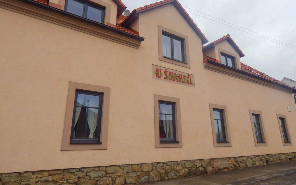 Penzion a restaurace U Švarců ***, Zduchovice
