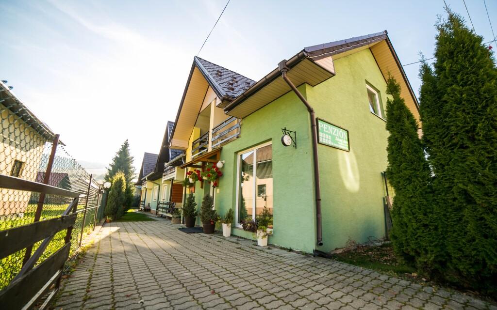 Bývať budete v penzióne Zelený Dom