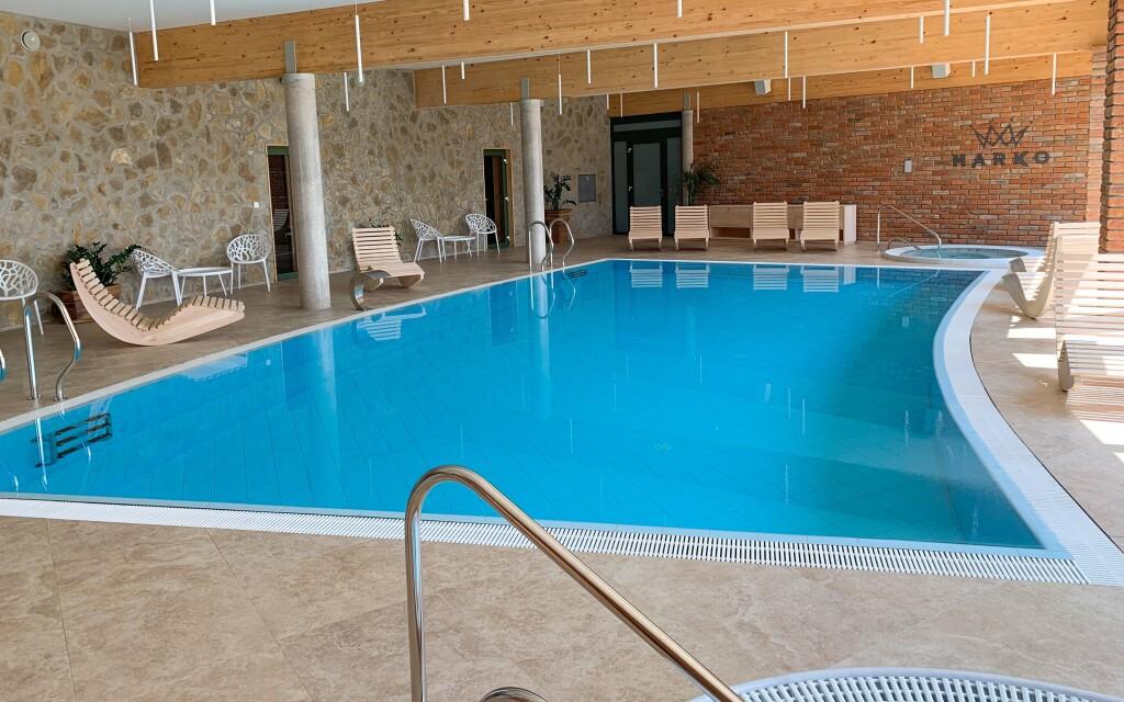Perfektní relax zažijete v novém wellness s bazénem, Valtice