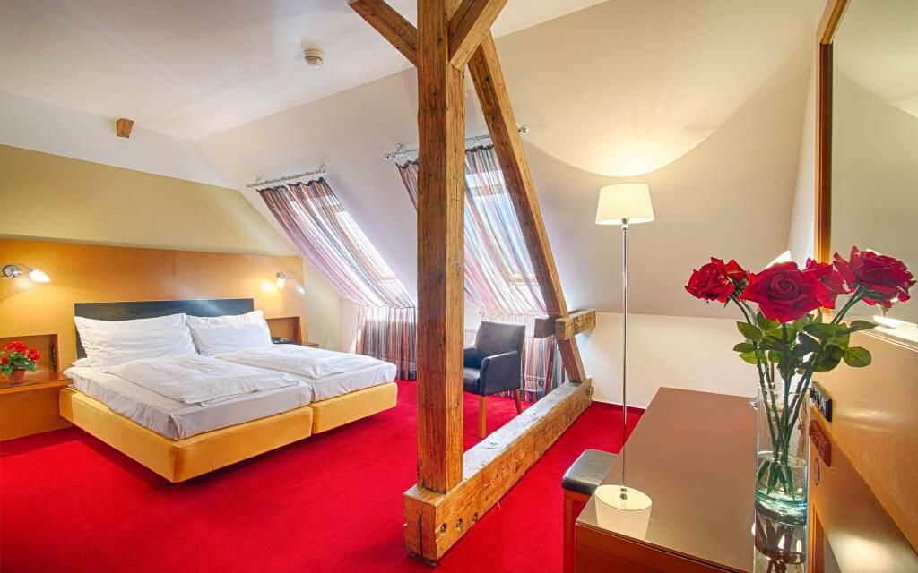Pokoj Deluxe, Hotel Theatrino ****, Praha