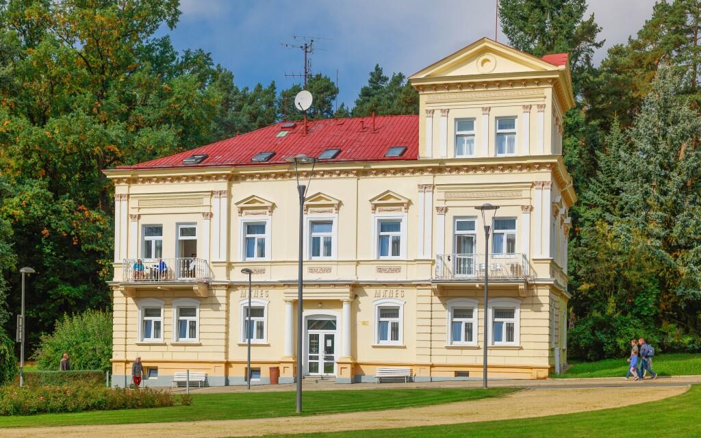 Lázeňský dům Mánes, Konstantinovy Lázně, Západní Čechy