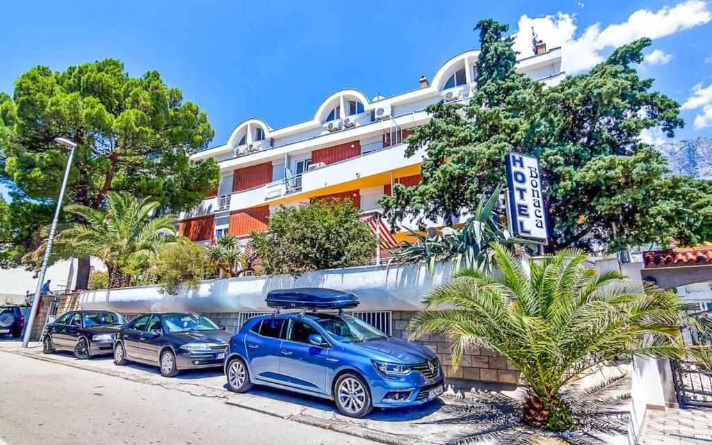 Hotel Bonaca *** jen 70 m od moře, Makarska, Chorvatsko