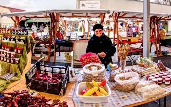 Farmářský trh v Hévízu