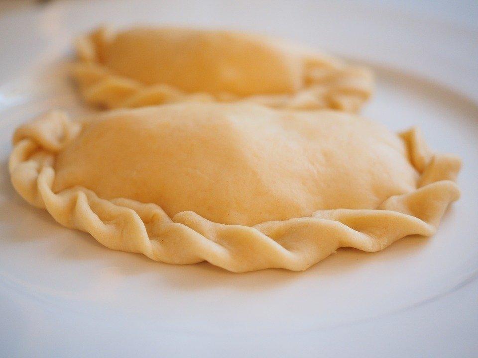 Plnené Pierogi sú jedným z najznámejších jedál v Poľsku
