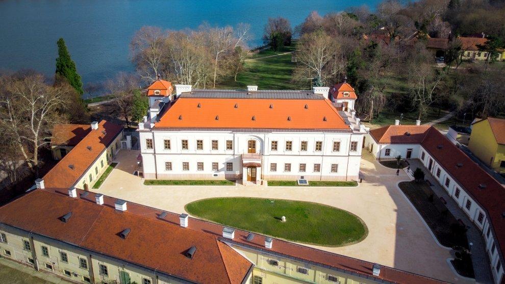 Esterházy-kastély Tata