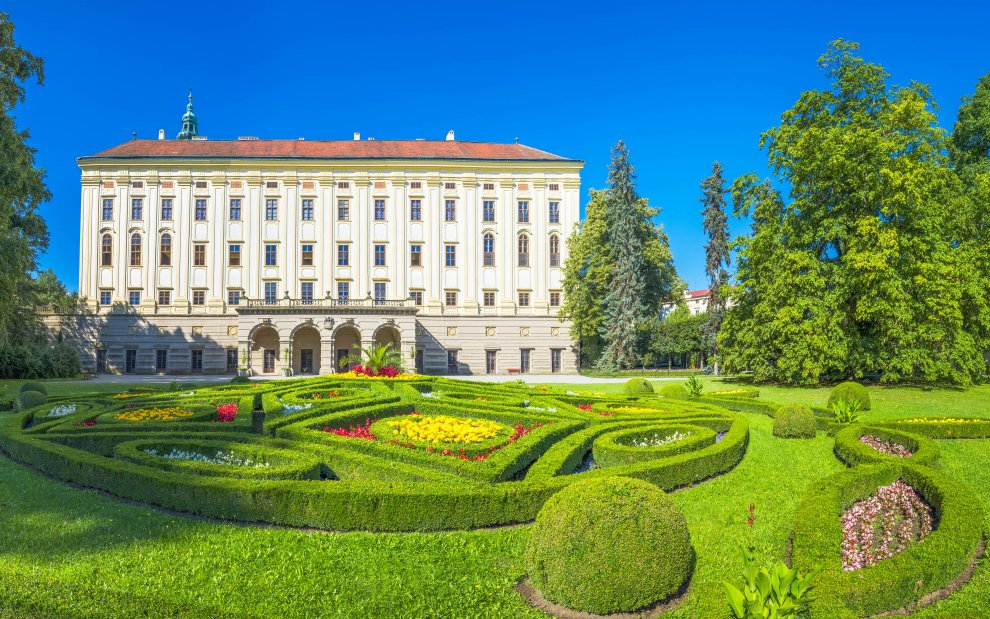 Zámek se zahradami v Kroměříži