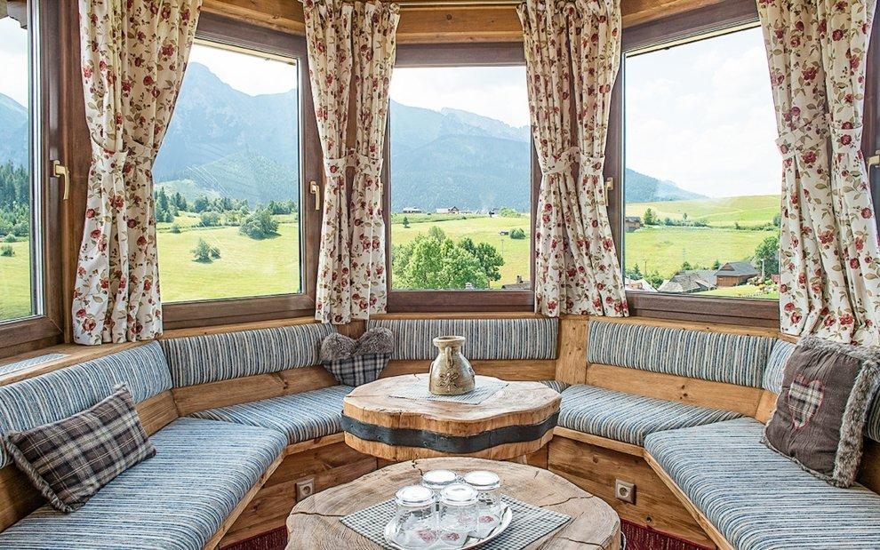 Užite si luxusný výhľad z okien penziónu