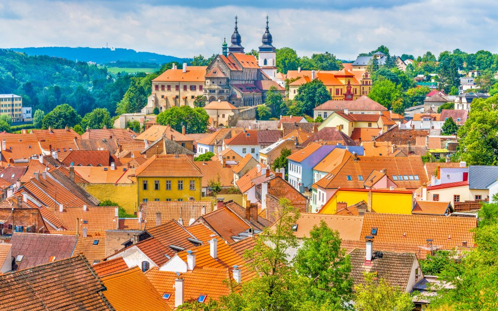 Třebíč - zámek, židovská čtvrť, hřbitov, bazilika
