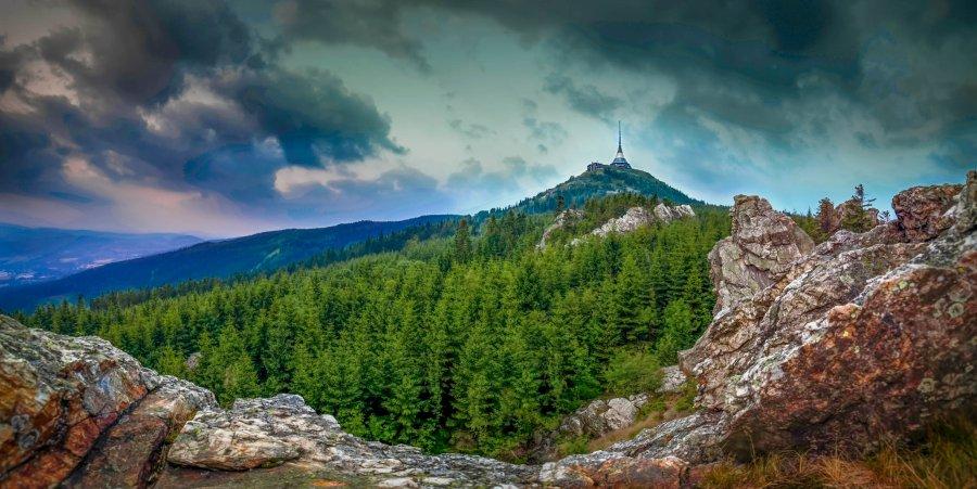 Co podniknout ve dvou či s rodinou během víkendu v Jizerských horách?