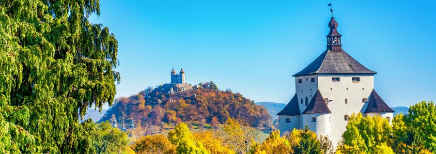 Objavte to NAJ zo Slovenska: 9 NAJkúzelnejších zámkov a kaštieľov (nielen) z rozprávky