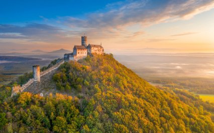 Objavte to NAJ z Česka: 10 NAJkrajších hradov (nielen) z rozprávok