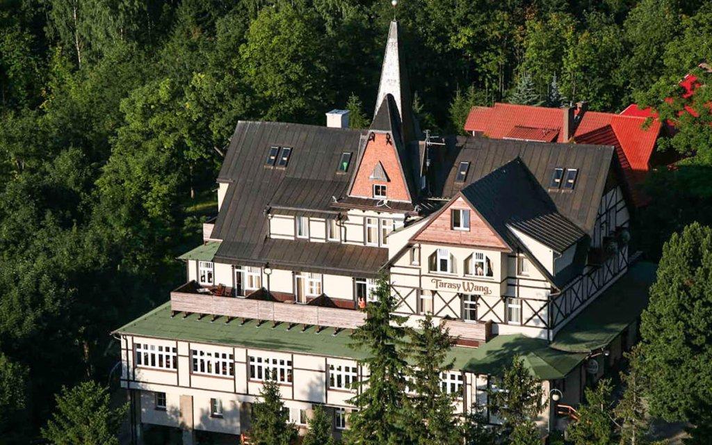 Polsko: Krkonoše v hotelu Tarasy Wang *** s vířivkami, saunou a polopenzí