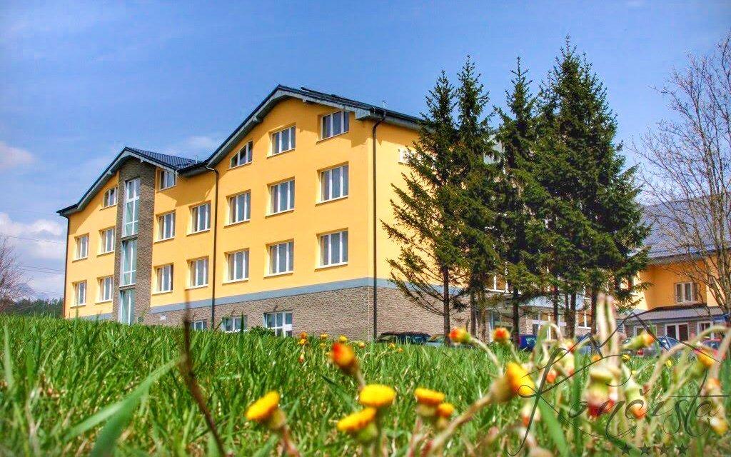 Vysoké Tatry v hotelu Končistá **** s polopenzí a neomezeným wellness s bazénem