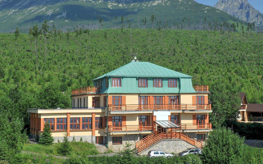 Vysoké Tatry: Miramonti Resort *** s polopenzí a saunou + sleva do aquaparků