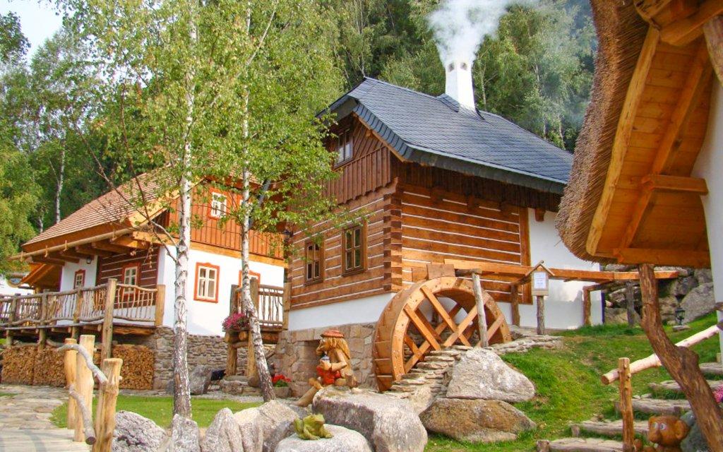 Pohádková vesnička: pobyt na Vysočině pro celou rodinu s polopenzí a bazénem