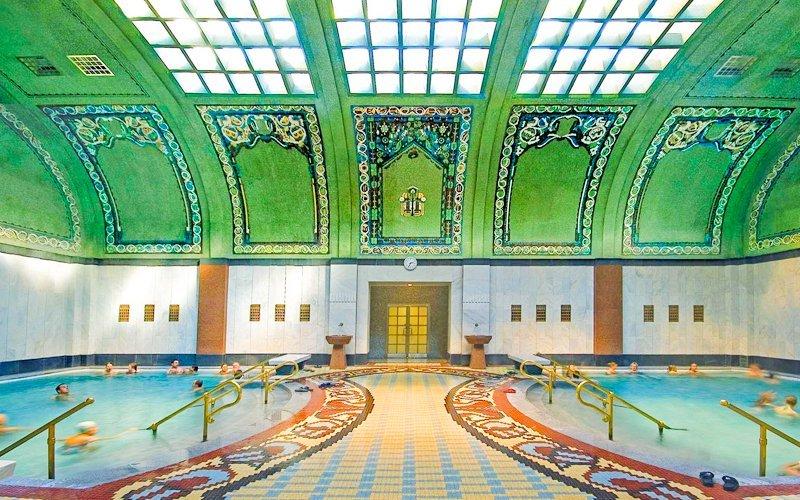 Budapešť luxusně v Danubius Hotelu Gellért se vstupenkou do lázní a polopenzí