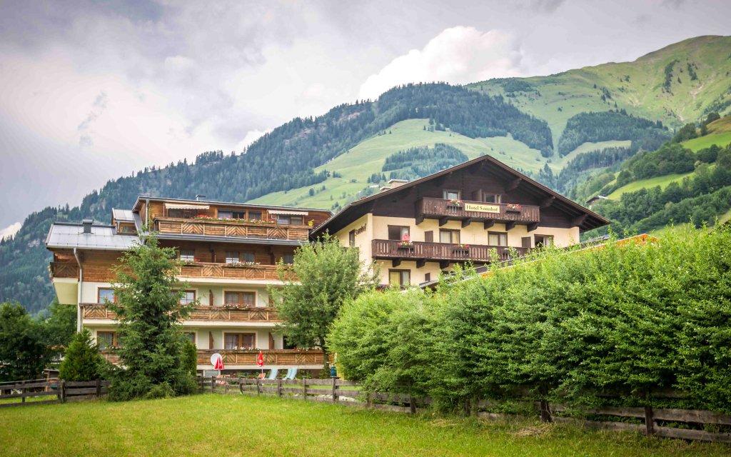 Vysoké Taury: Hotel Sonnhof *** s polopenzí, neomezeným wellness a masáží