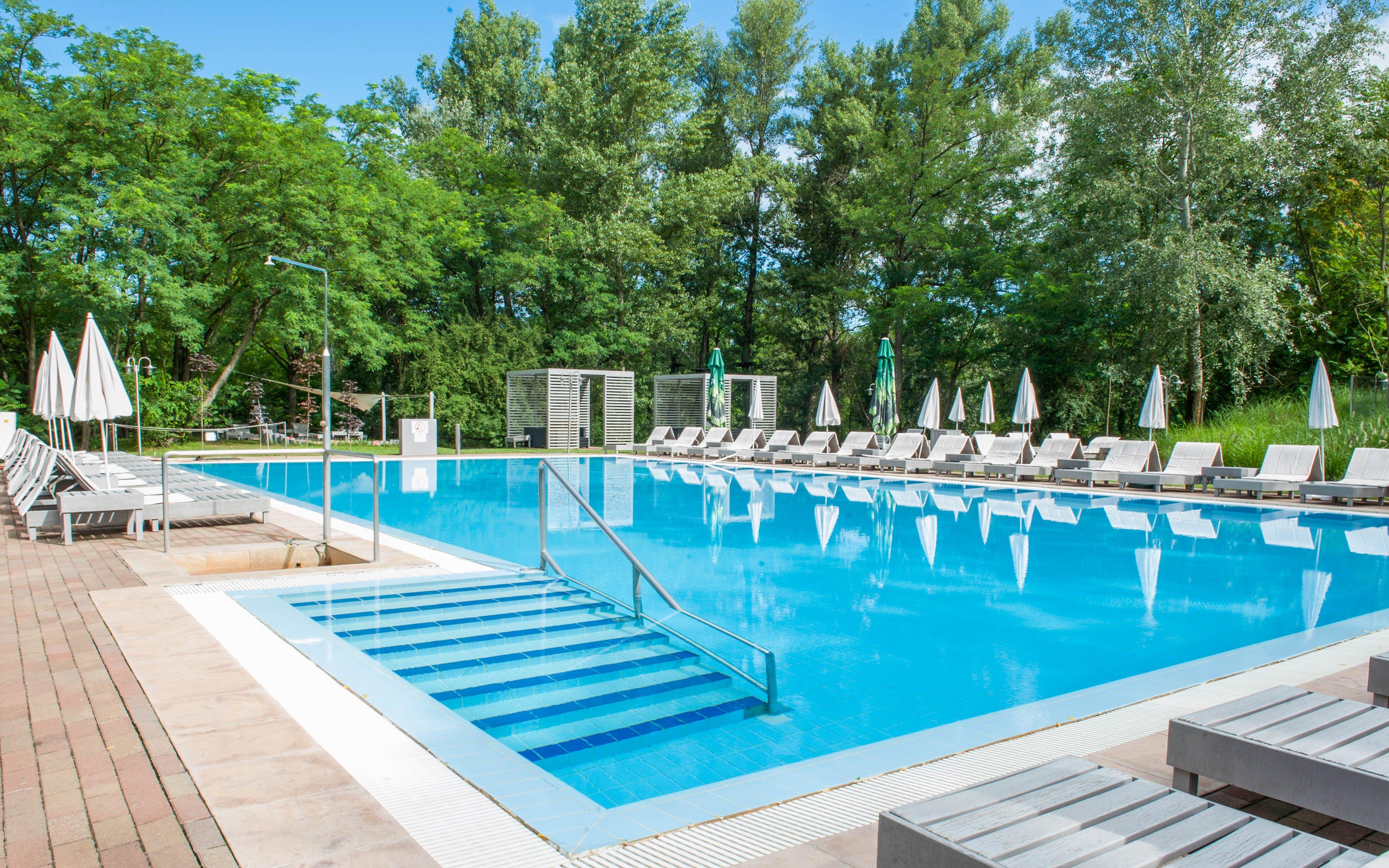 Maďarsko u národního parku Kiskunság ve Varga Tanya Hotelu ***superior s polopenzí, luxusním wellness + výhody